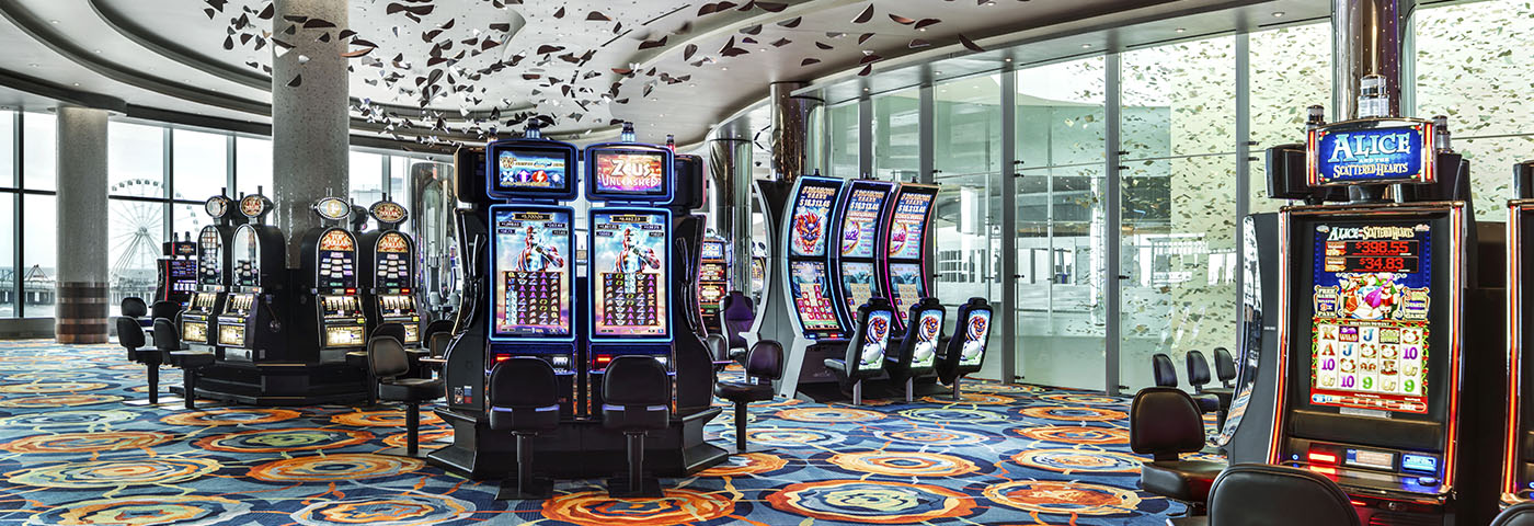 As a beginner what must you consider while playing online slots?